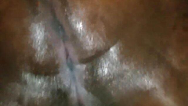 La xxx subtituladas chica fue recogida y follada en grupo
