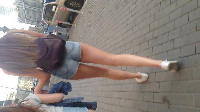 La gordita Diana se desnuda para lesbianas en español videos su amante