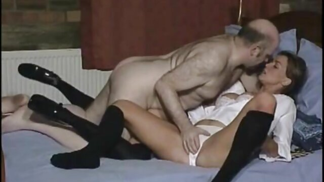 Madrastra sexy y tetona folla con un porno español tube hijastro lindo