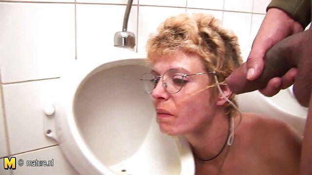 En todas partes ya he intentado hacer el amor trio español xxx excepto en la ducha