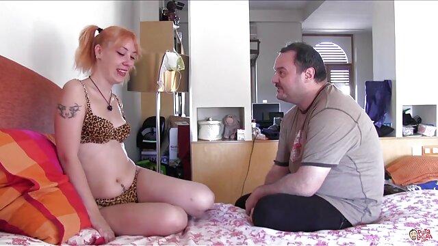 El tipo recogió a una perra madura en sub español porn un café y la folló duro en el motel