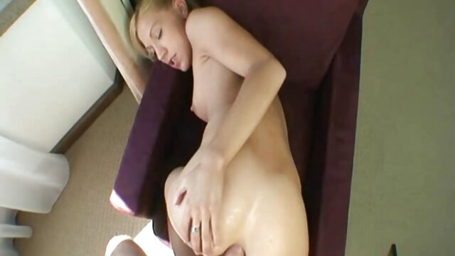Sexy mujer tetona Aletta Ocean peliculas en español completas xxx folla con una madura
